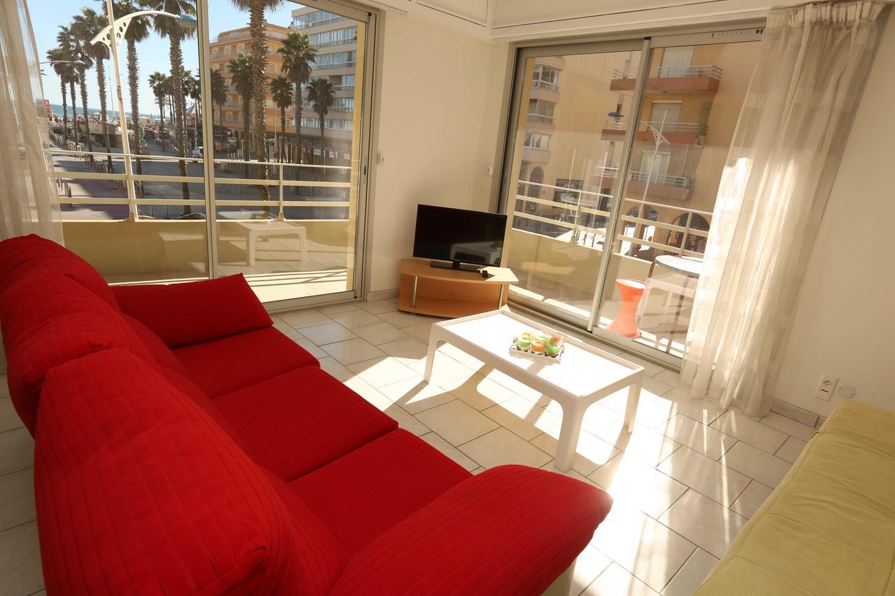 le salon corail location canet. Black Bedroom Furniture Sets. Home Design Ideas